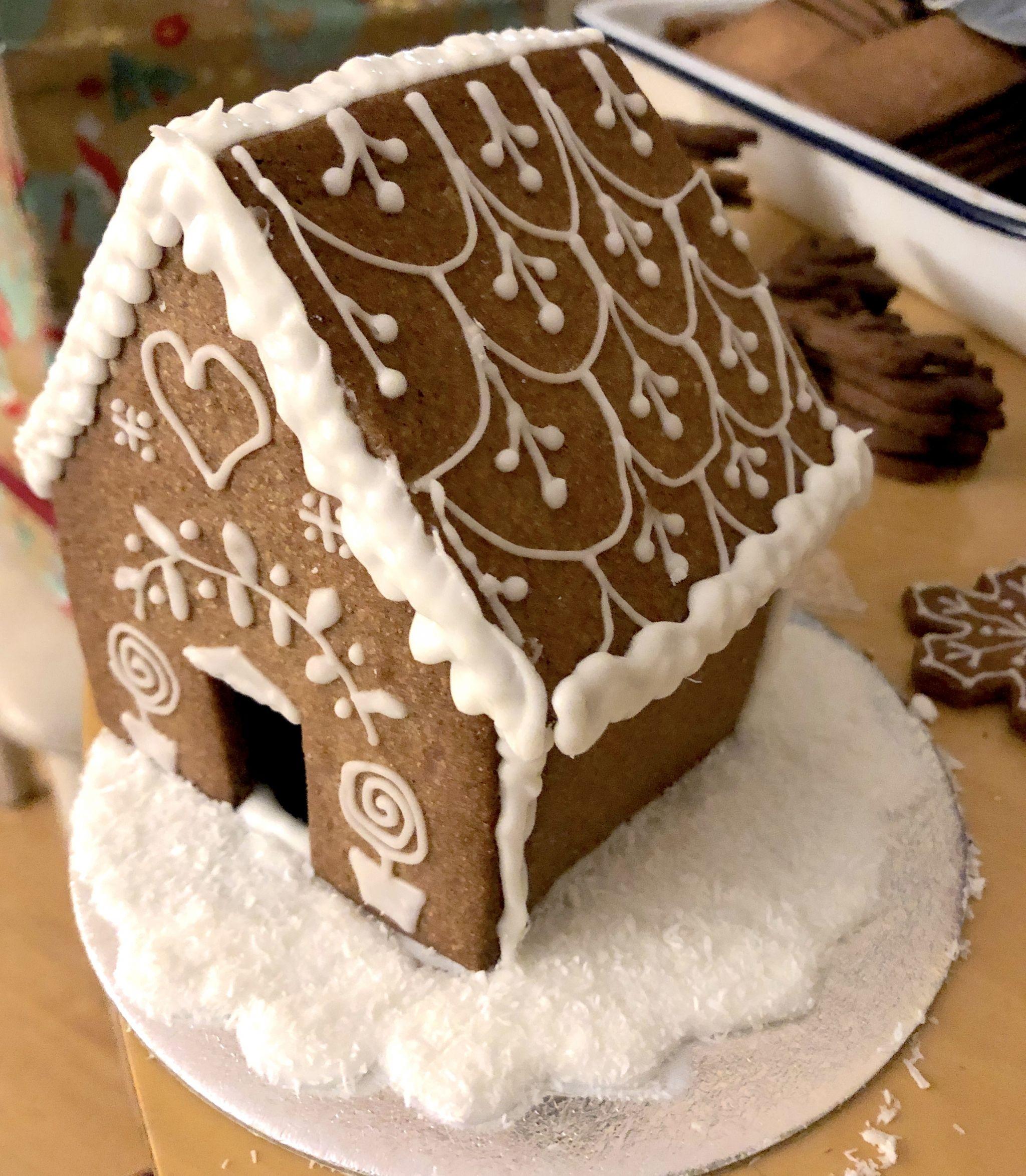 ginger bread house christmas